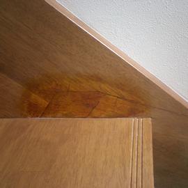 階段側板継目不良補修 補修前
